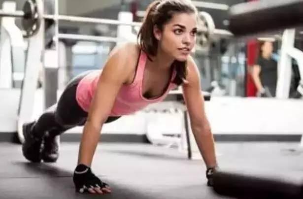 励志  健身的女生都是女神