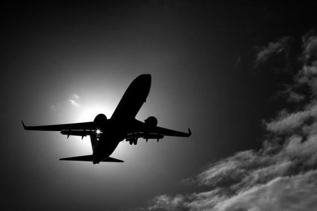 【埃航载69人客机飞往开罗途中失联
