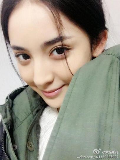 娜依(瑞丽当家模特)