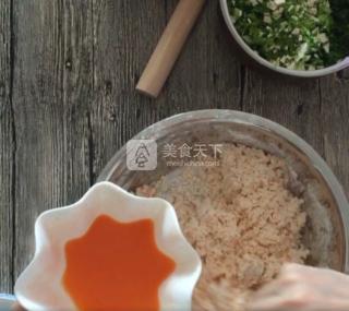 饺子馅做法大全 柳叶饺子的包法图解 饺子的来历图片