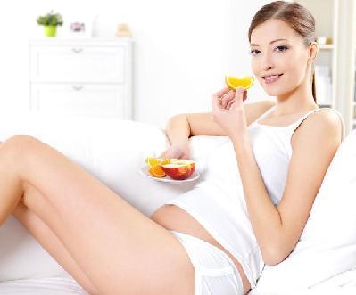 孕期多吃苹果准妈妈和胎儿的健康都有保障
